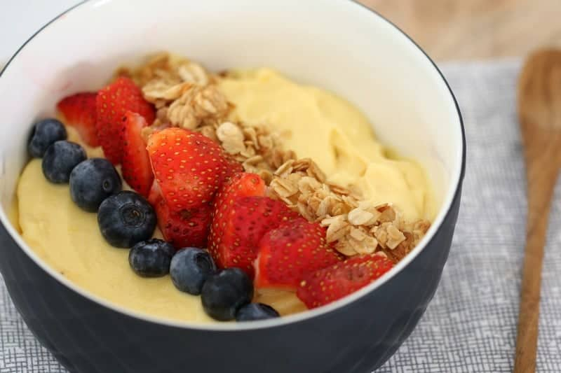 Thermomix Banana Mango Smoothie Bowl