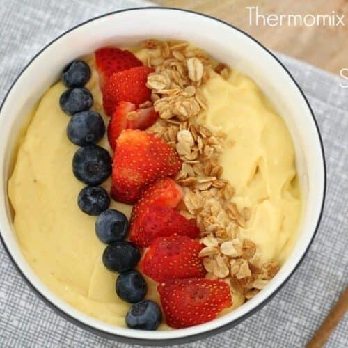 Thermomix Banana Mango Smoothie Bowl