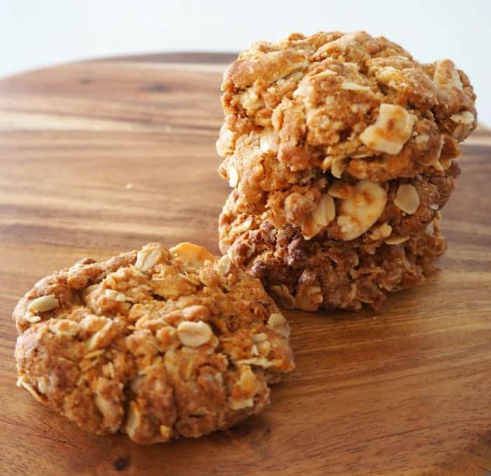 ... out on making these yummy Thermomix Anzac Biscuits with Almonds now