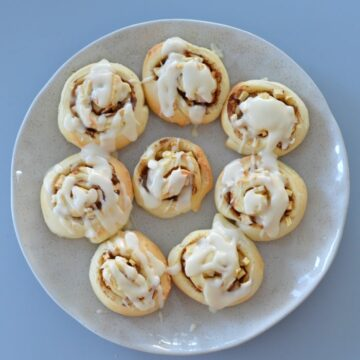 Thermomix Apple and Cinnamon Scrolls with Yoghurt Dough