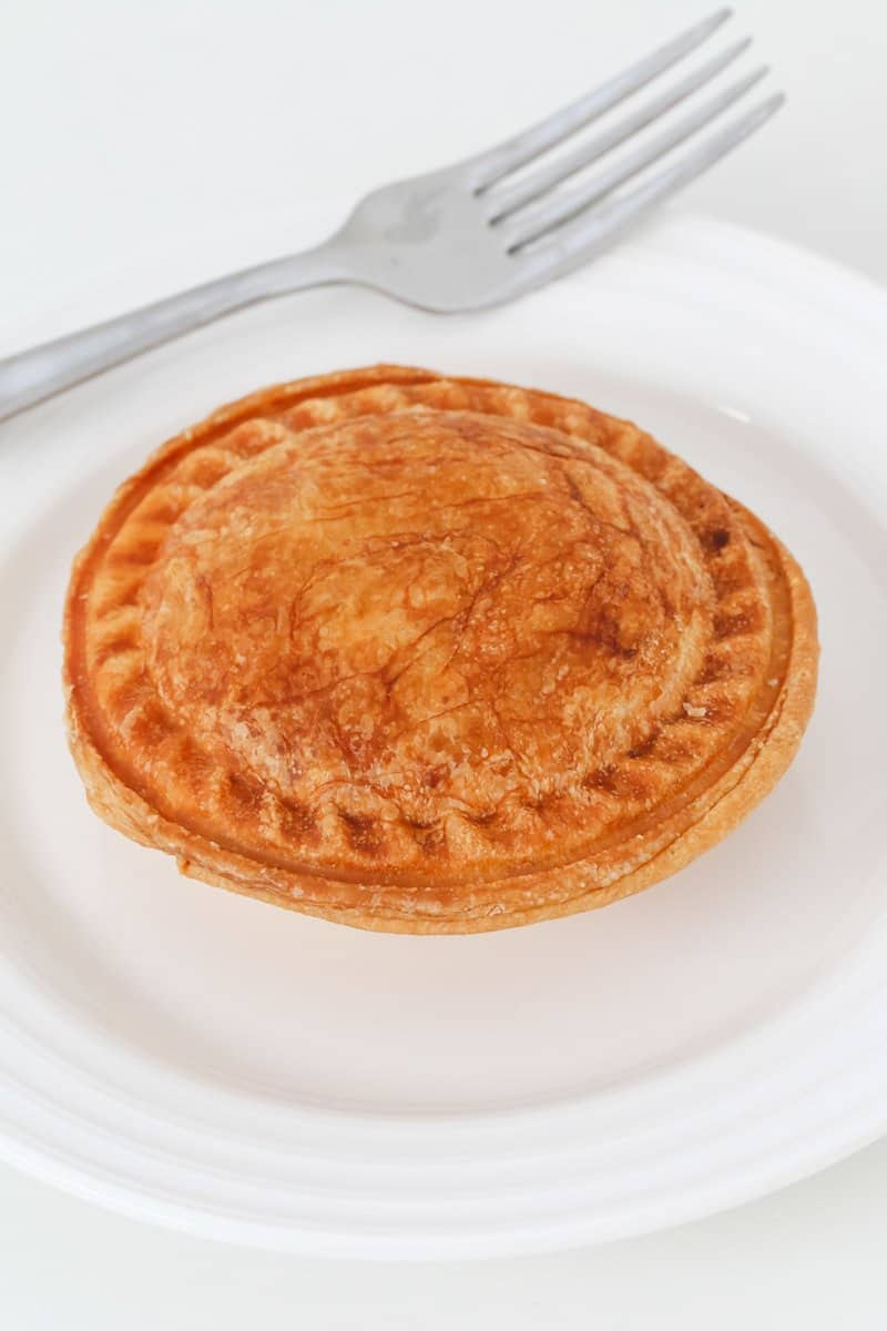 Classic Aussie Thermomix Beef Pies made from beef mince and cooked in a pie maker (or oven). A simple freezer-friendly snack perfect for lunch or dinner!