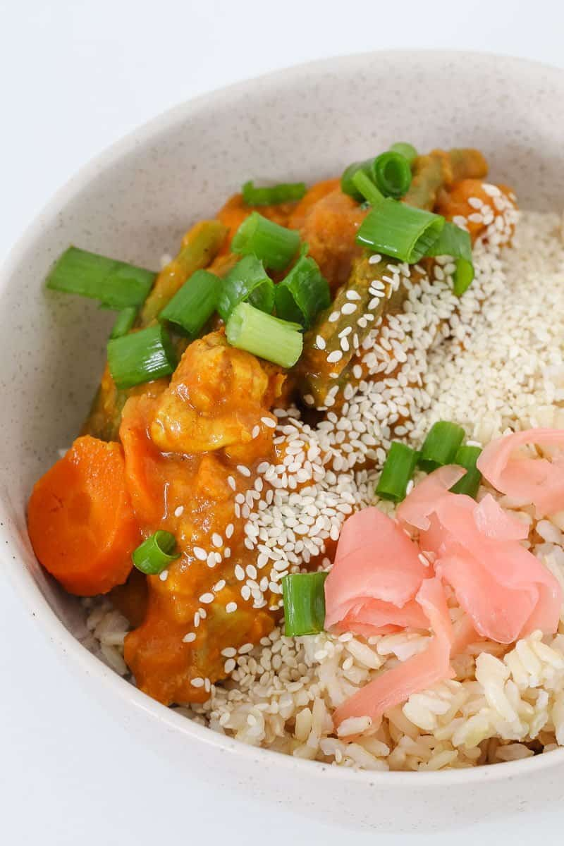 A family-friendly Thermomix Japanese Chicken Curry that's perfect for an easy midweek dinner! Serve with rice, spring onions and pickedginger.