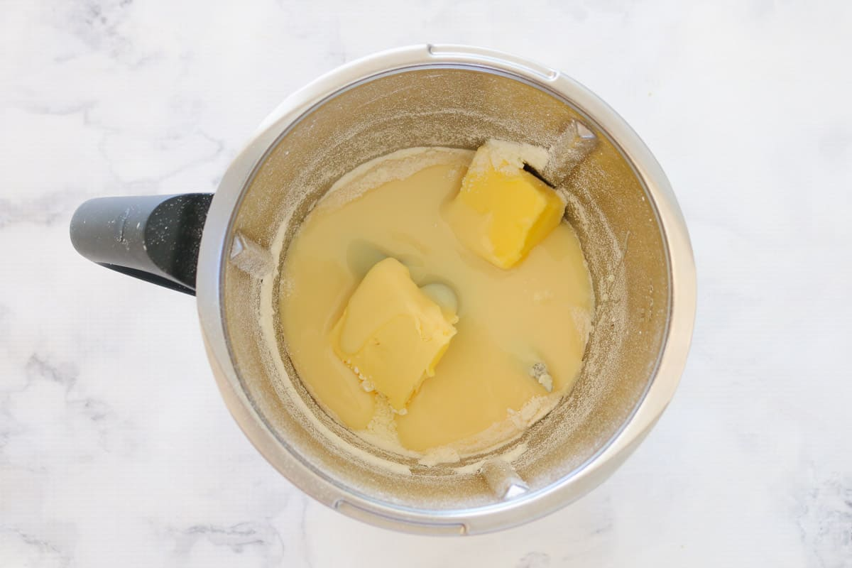 Butter and sweetened condensed milk in a Thermomix.